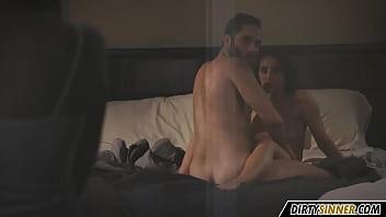 Секса молодых обольстительных влюбленных