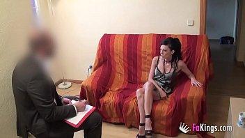 Секс с моделью на приватном жарком порно отборе