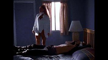 Секс в кровати с восемнадцатилетней цыпочкой со светлыми волосиками