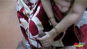 Приятель обкочал милое личико белобрысой женщины по окончании интима на камеру